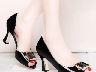 淘宝女鞋代理,微商鞋子代理一手货源一件代发